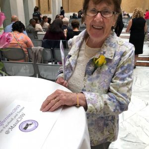 Sheila Wilson Receives Award for Unsung Heroines
