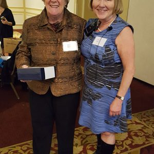 Sheila Wilson receives ENA award fro President Julie Bunn